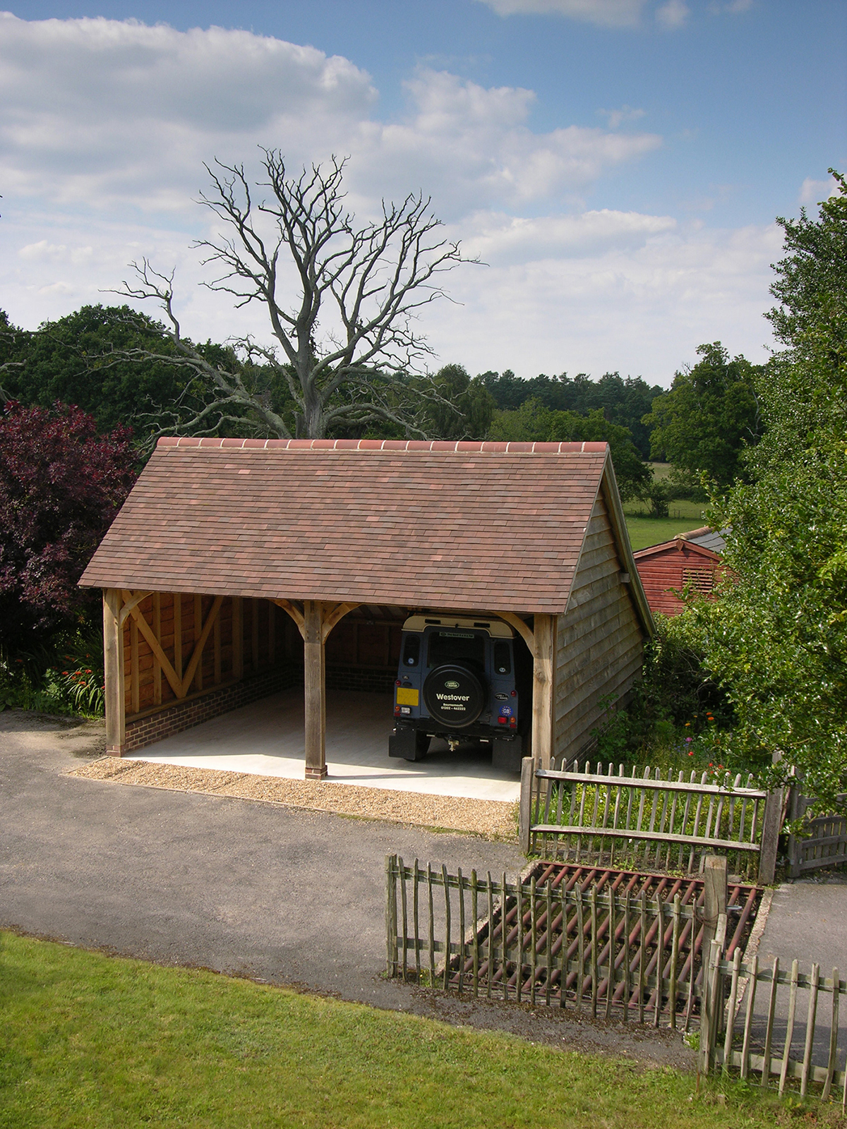 Sitting pretty in the heart of the New Forest, Hampshire, is this standard two-bay garage (frame C3).