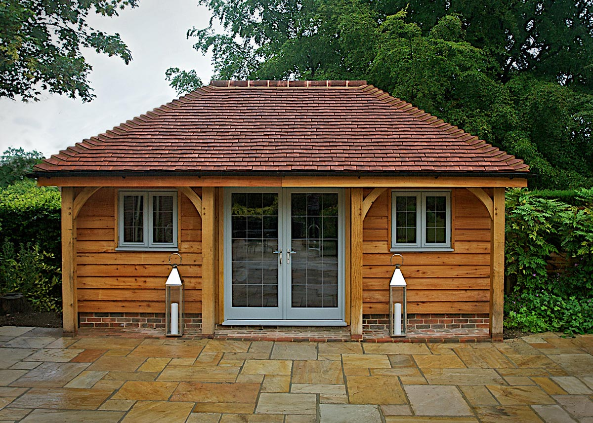Small buildings and garden rooms brookwood oak barns for House plans with garden room