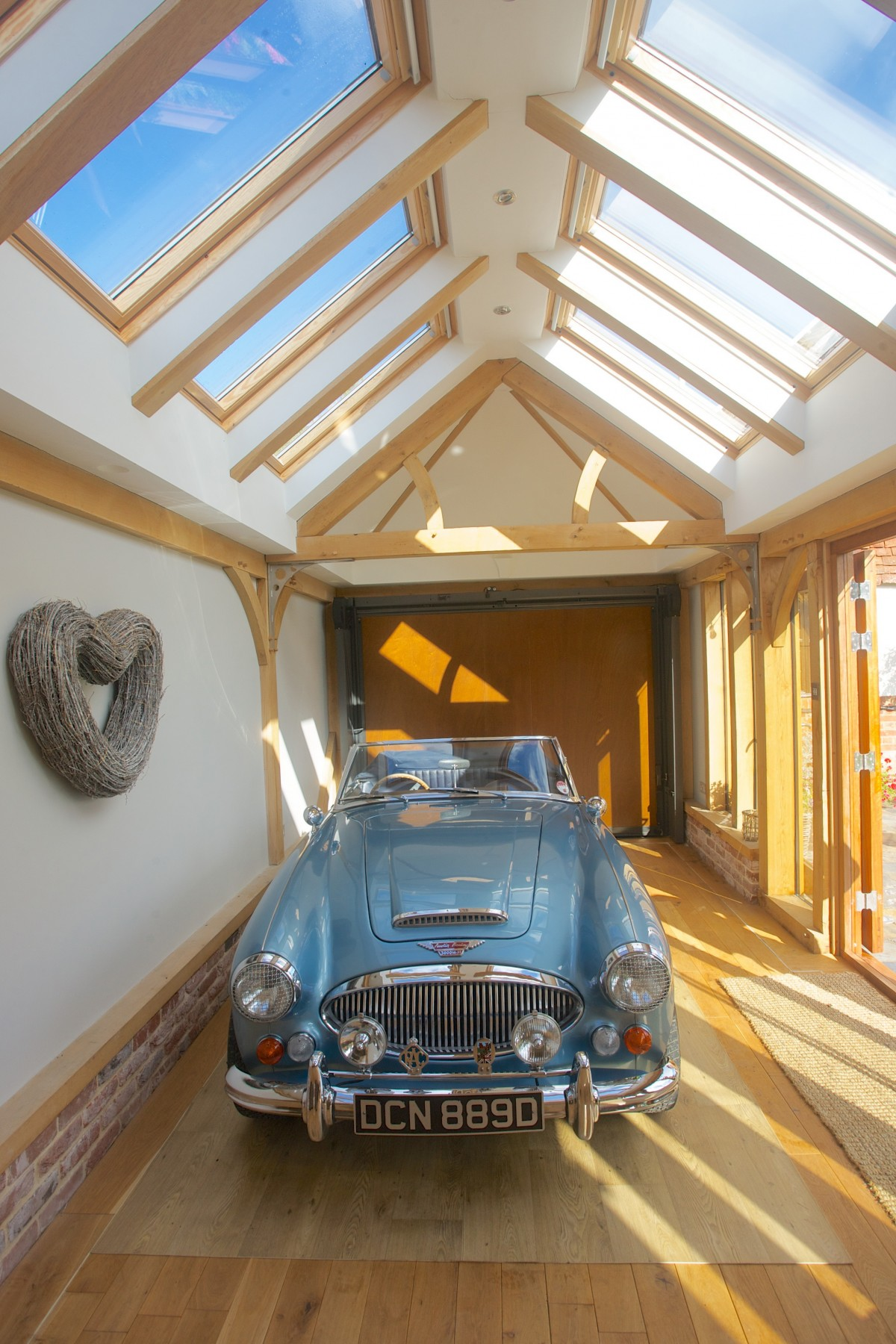 This fully insulated, light and airy building lends itself well to a multitude of uses, including looking after your pride and joy!